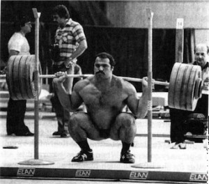 heavy-squats-build-muscle