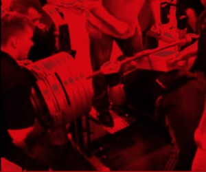 AJ hitting 800 lb bench press