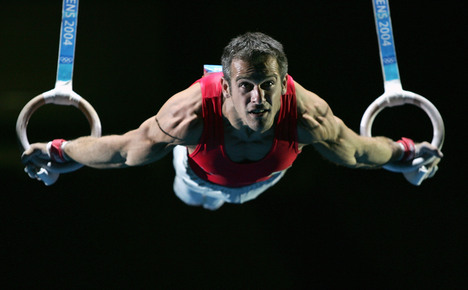 gymnastic-ring-training-for-muscle-and-strength